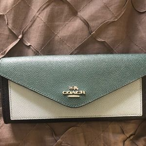 Coach wallet - used once